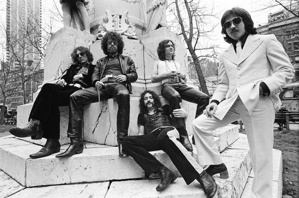 Blue Öyster Cult – Secret treaties (1974) – Un hard rock sophistiqué et mystérieux